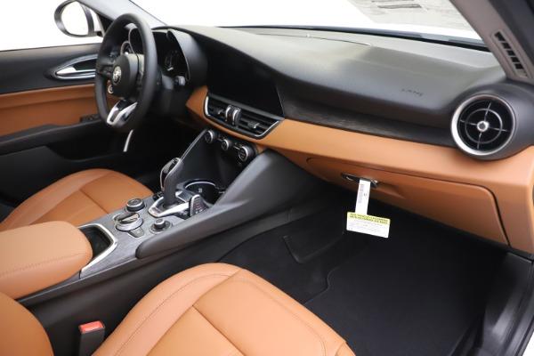 New 2020 Alfa Romeo Giulia Q4 for sale $45,590 at Maserati of Greenwich in Greenwich CT 06830 23