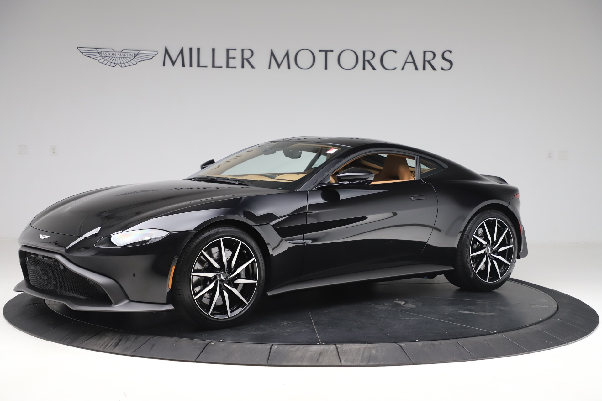 New 2020 Aston Martin Vantage Coupe for sale $183,954 at Maserati of Greenwich in Greenwich CT 06830 1