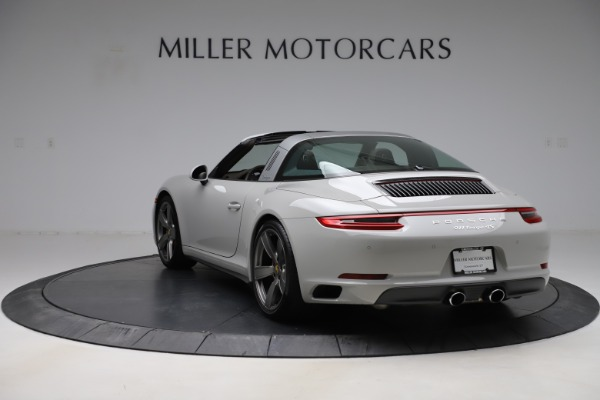 Used 2018 Porsche 911 Targa 4S for sale $134,900 at Maserati of Greenwich in Greenwich CT 06830 5