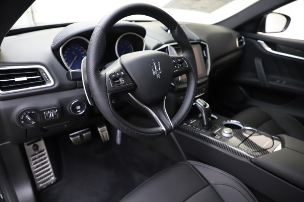 New 2020 Maserati Ghibli S Q4 GranSport for sale $90,285 at Maserati of Greenwich in Greenwich CT 06830 13