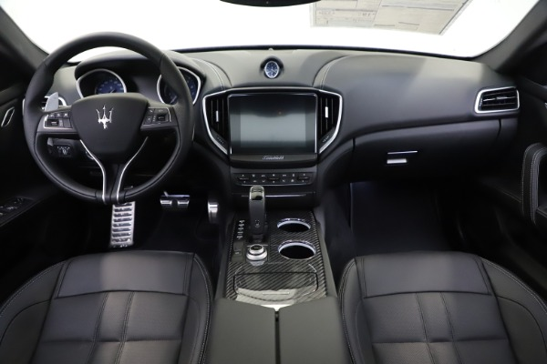 New 2020 Maserati Ghibli S Q4 GranSport for sale $90,285 at Maserati of Greenwich in Greenwich CT 06830 16