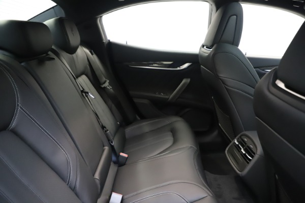 New 2020 Maserati Ghibli S Q4 GranSport for sale $90,285 at Maserati of Greenwich in Greenwich CT 06830 27