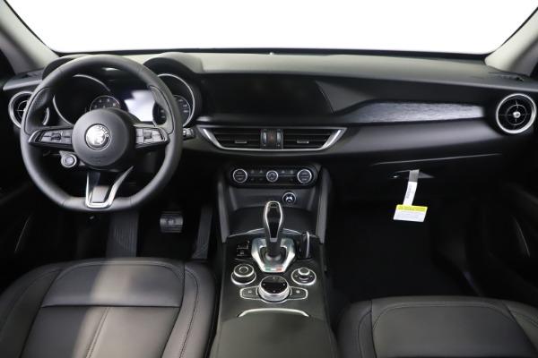 New 2020 Alfa Romeo Stelvio Sport Q4 for sale $50,190 at Maserati of Greenwich in Greenwich CT 06830 16