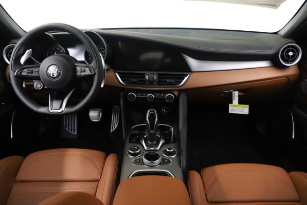 New 2020 Alfa Romeo Giulia Ti Sport Q4 for sale $53,190 at Maserati of Greenwich in Greenwich CT 06830 16