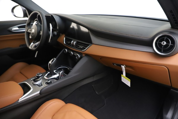 New 2020 Alfa Romeo Giulia Ti Sport Q4 for sale $53,190 at Maserati of Greenwich in Greenwich CT 06830 22
