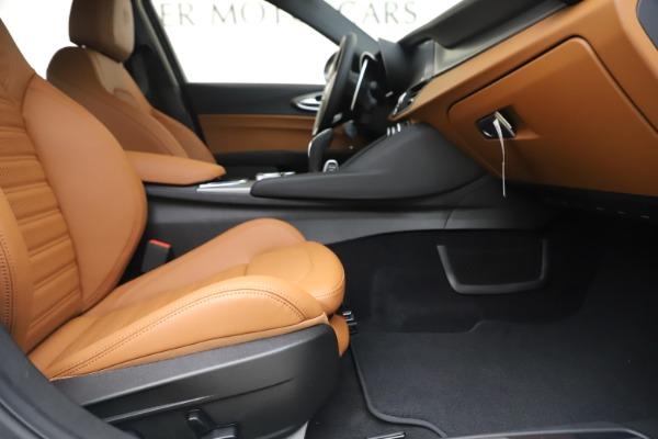 New 2020 Alfa Romeo Giulia Ti Sport Q4 for sale $53,190 at Maserati of Greenwich in Greenwich CT 06830 23