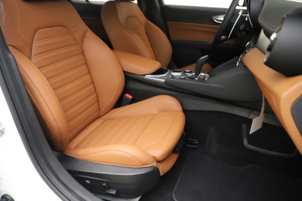 New 2020 Alfa Romeo Giulia Ti Sport Q4 for sale $53,190 at Maserati of Greenwich in Greenwich CT 06830 24