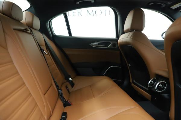 New 2020 Alfa Romeo Giulia Ti Sport Q4 for sale $53,190 at Maserati of Greenwich in Greenwich CT 06830 27