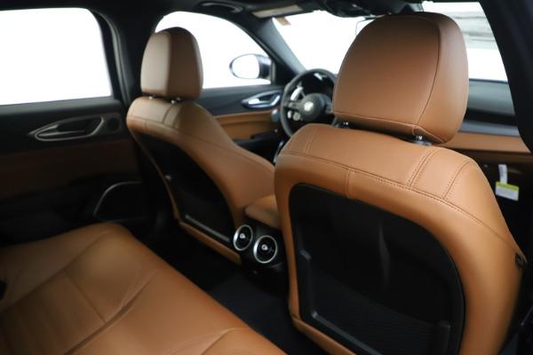 New 2020 Alfa Romeo Giulia Ti Sport Q4 for sale $53,190 at Maserati of Greenwich in Greenwich CT 06830 28
