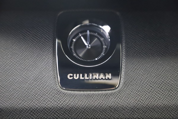 New 2020 Rolls-Royce Cullinan for sale $385,525 at Maserati of Greenwich in Greenwich CT 06830 28