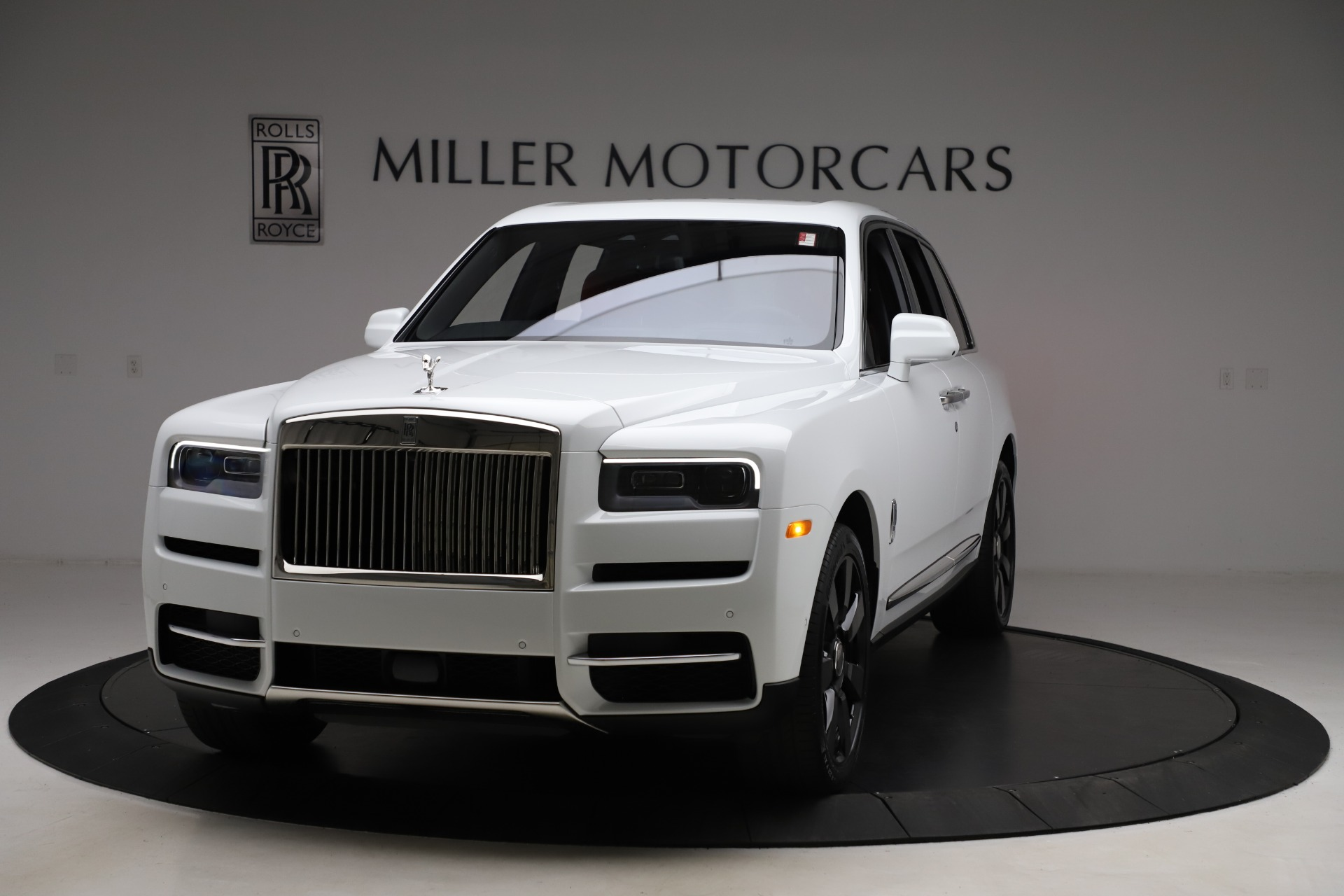 New 2020 Rolls-Royce Cullinan for sale $379,325 at Maserati of Greenwich in Greenwich CT 06830 1
