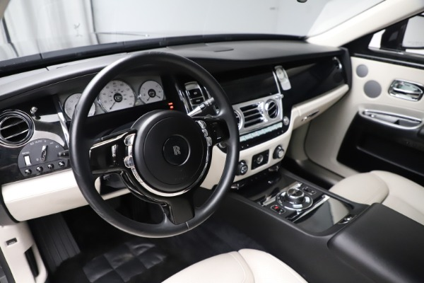 Used 2016 Rolls-Royce Ghost for sale $179,900 at Maserati of Greenwich in Greenwich CT 06830 16