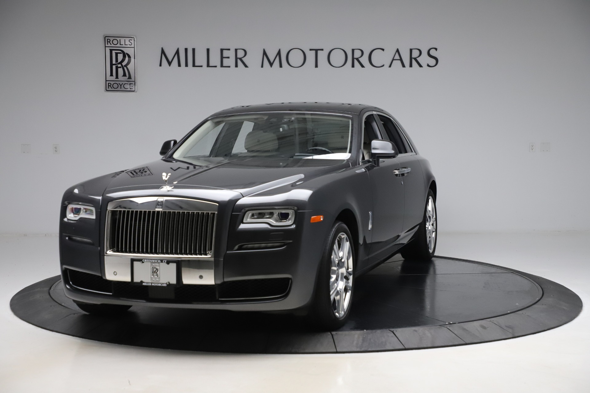 Used 2016 Rolls-Royce Ghost for sale $179,900 at Maserati of Greenwich in Greenwich CT 06830 1