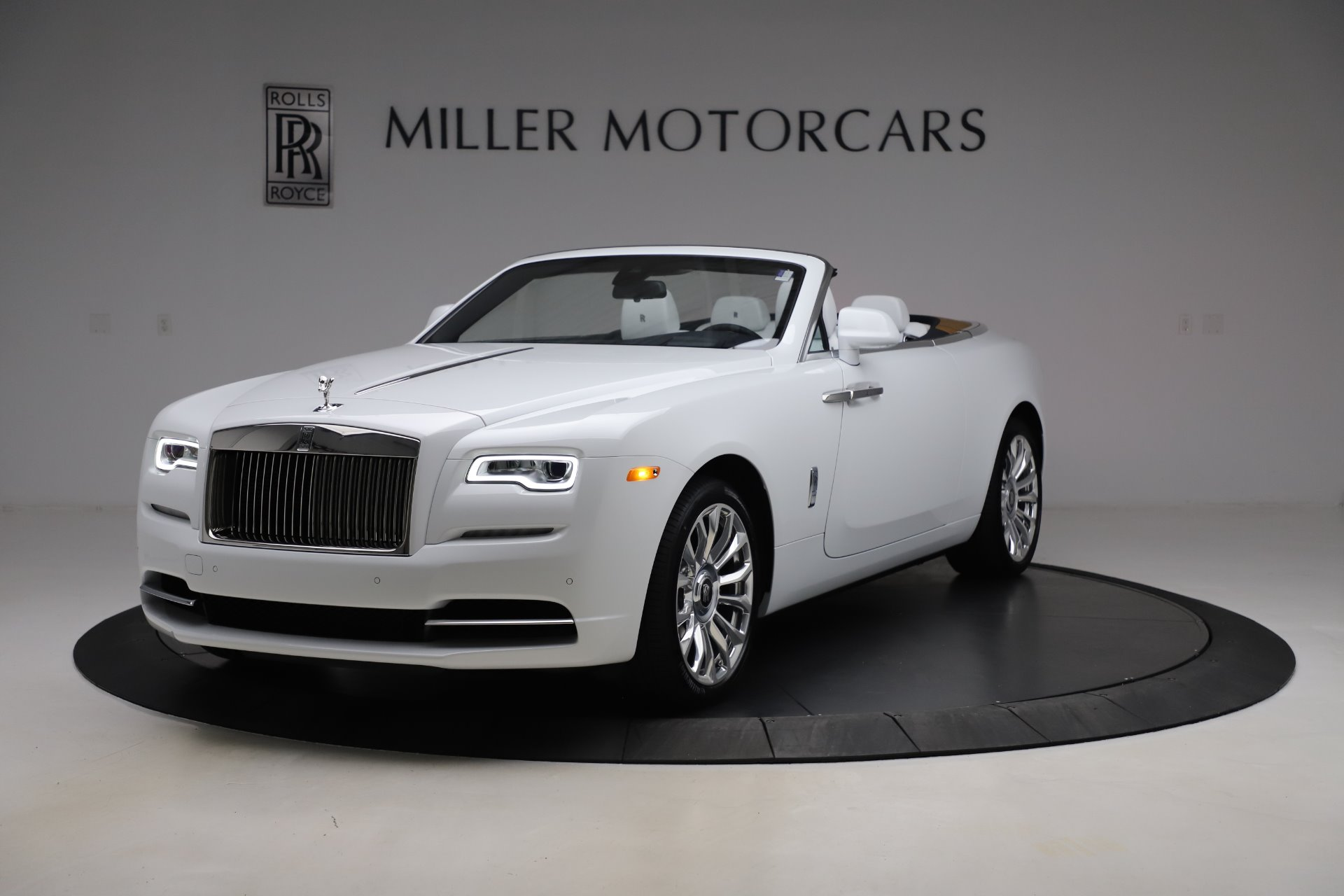New 2020 Rolls-Royce Dawn for sale $401,175 at Maserati of Greenwich in Greenwich CT 06830 1