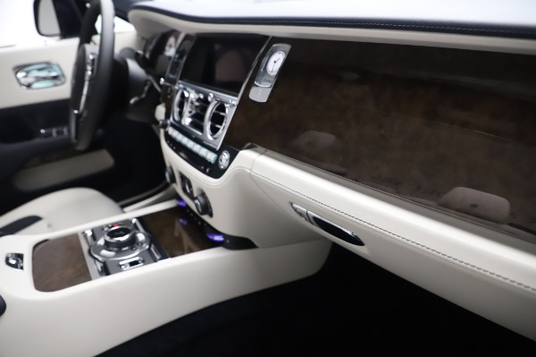 New 2020 Rolls-Royce Dawn for sale $384,875 at Maserati of Greenwich in Greenwich CT 06830 26