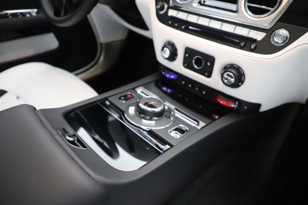 New 2020 Rolls-Royce Dawn for sale $386,250 at Maserati of Greenwich in Greenwich CT 06830 27