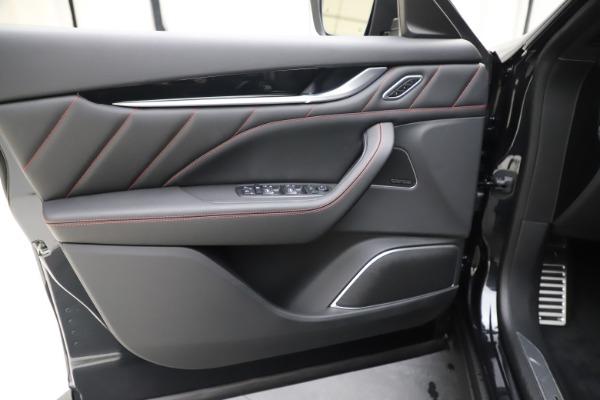 New 2020 Maserati Levante Q4 GranSport for sale $88,885 at Maserati of Greenwich in Greenwich CT 06830 17