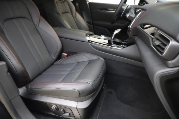 New 2020 Maserati Levante Q4 GranSport for sale $88,885 at Maserati of Greenwich in Greenwich CT 06830 24