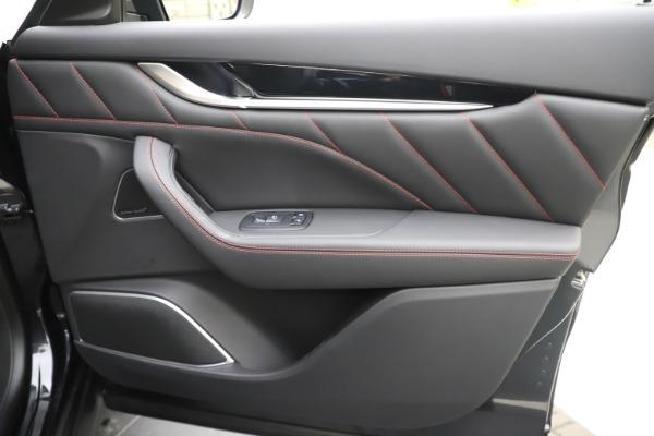 New 2020 Maserati Levante Q4 GranSport for sale $88,885 at Maserati of Greenwich in Greenwich CT 06830 25