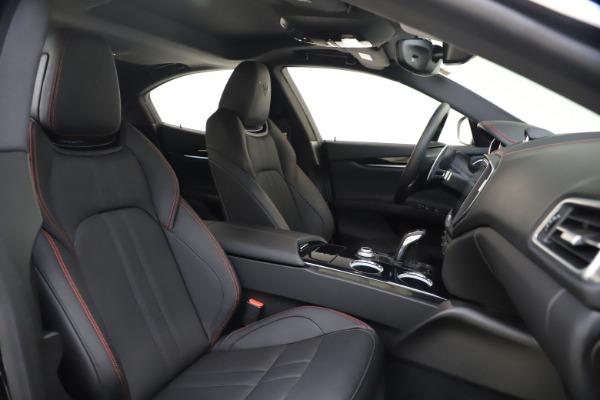 New 2020 Maserati Ghibli S Q4 GranSport for sale $88,285 at Maserati of Greenwich in Greenwich CT 06830 21