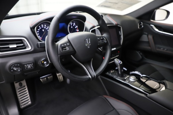 New 2019 Maserati Ghibli S Q4 GranSport for sale $99,905 at Maserati of Greenwich in Greenwich CT 06830 13