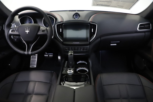 New 2019 Maserati Ghibli S Q4 GranSport for sale $99,905 at Maserati of Greenwich in Greenwich CT 06830 16