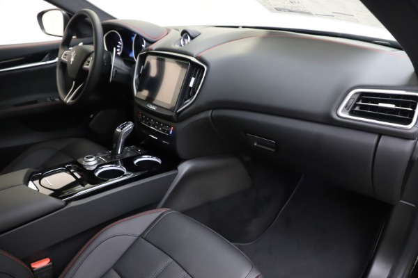New 2019 Maserati Ghibli S Q4 GranSport for sale $99,905 at Maserati of Greenwich in Greenwich CT 06830 22