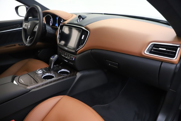 New 2019 Maserati Ghibli S Q4 GranLusso for sale $98,095 at Maserati of Greenwich in Greenwich CT 06830 22