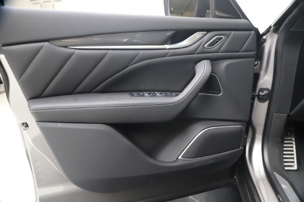 New 2020 Maserati Levante S Q4 GranSport for sale $102,285 at Maserati of Greenwich in Greenwich CT 06830 17