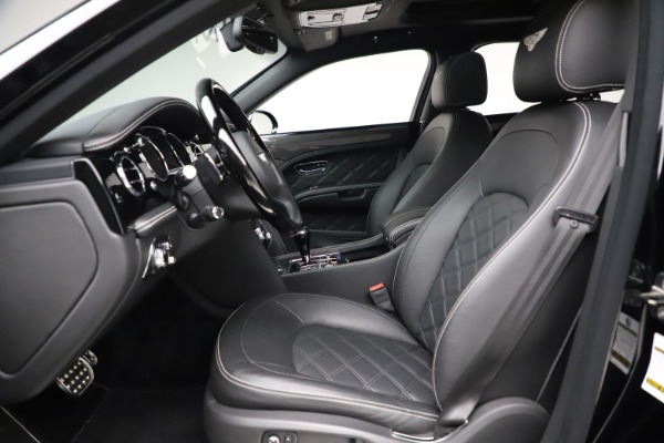 Used 2016 Bentley Mulsanne Speed for sale $149,900 at Maserati of Greenwich in Greenwich CT 06830 17
