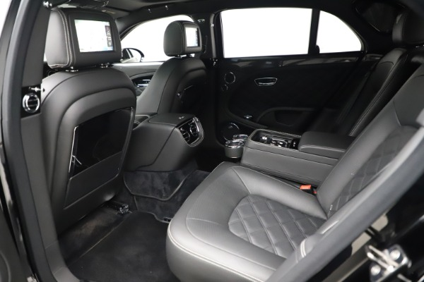 Used 2016 Bentley Mulsanne Speed for sale $157,900 at Maserati of Greenwich in Greenwich CT 06830 20