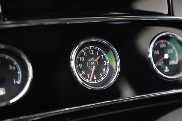 Used 2016 Bentley Mulsanne Speed for sale $157,900 at Maserati of Greenwich in Greenwich CT 06830 25