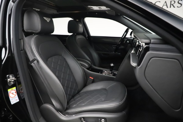 Used 2016 Bentley Mulsanne Speed for sale $157,900 at Maserati of Greenwich in Greenwich CT 06830 28