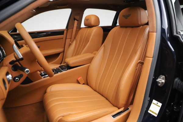 Used 2016 Bentley Flying Spur V8 for sale $114,900 at Maserati of Greenwich in Greenwich CT 06830 19