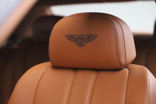Used 2016 Bentley Flying Spur V8 for sale $114,900 at Maserati of Greenwich in Greenwich CT 06830 20