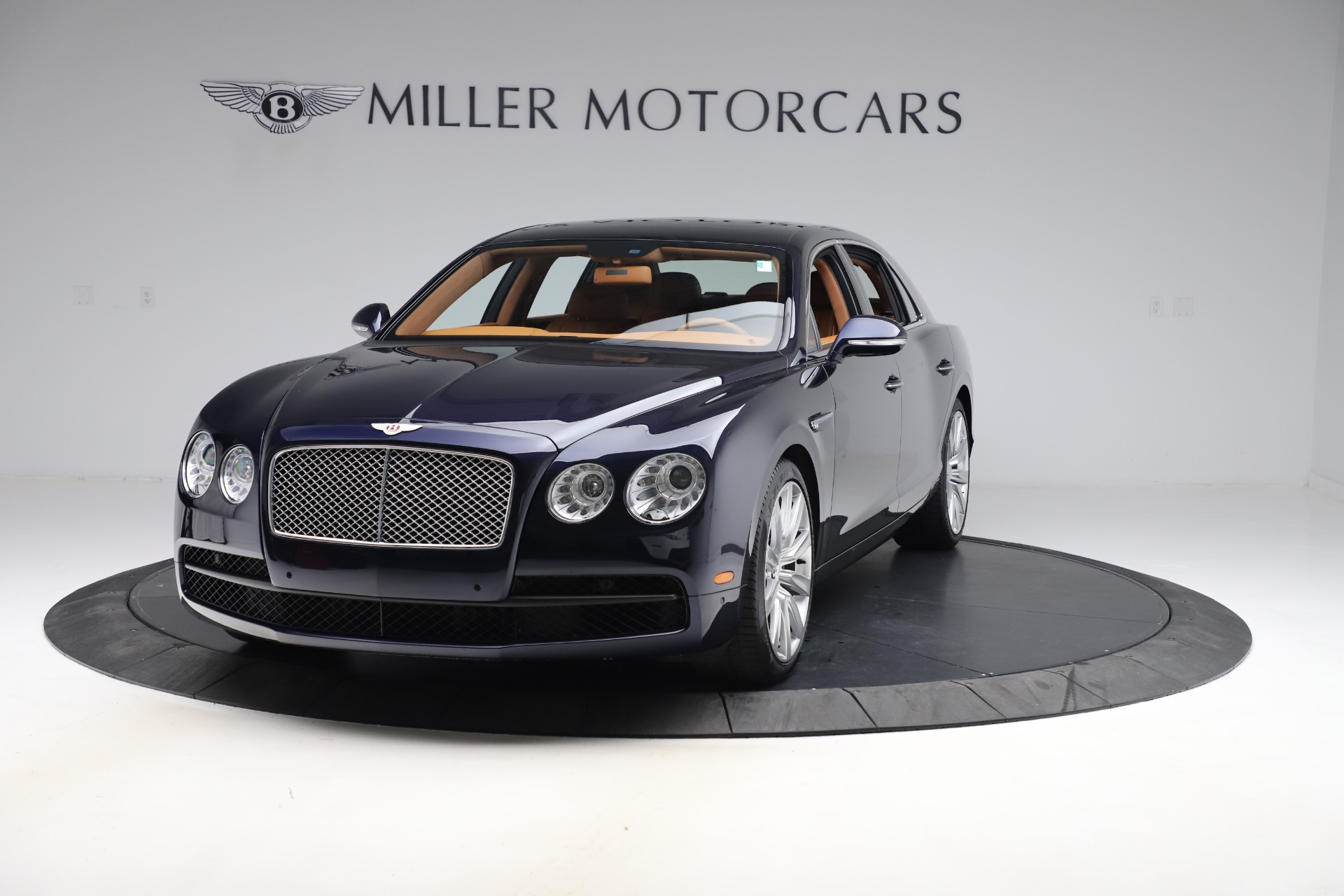 Used 2016 Bentley Flying Spur V8 for sale $114,900 at Maserati of Greenwich in Greenwich CT 06830 1