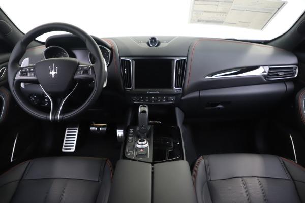New 2020 Maserati Levante Q4 GranSport for sale $88,885 at Maserati of Greenwich in Greenwich CT 06830 16