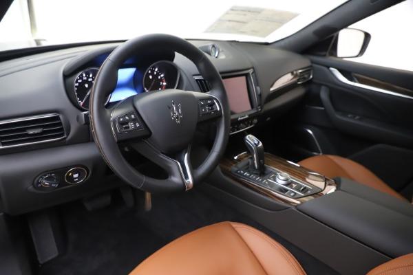 New 2020 Maserati Levante Q4 GranLusso for sale $86,935 at Maserati of Greenwich in Greenwich CT 06830 13
