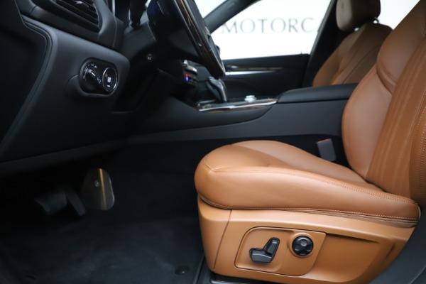 New 2020 Maserati Levante Q4 GranLusso for sale $86,935 at Maserati of Greenwich in Greenwich CT 06830 14