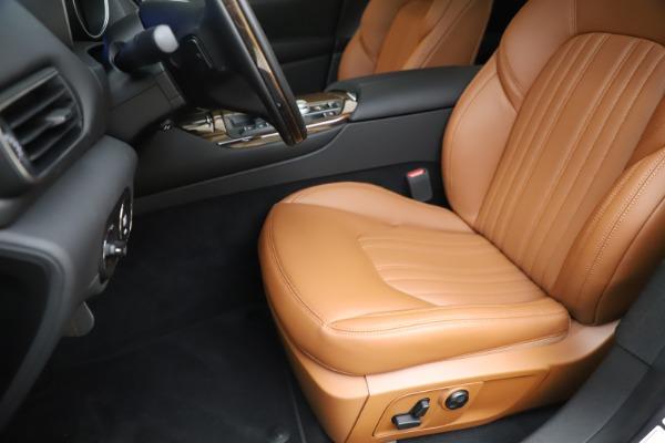 New 2020 Maserati Levante Q4 GranLusso for sale $86,935 at Maserati of Greenwich in Greenwich CT 06830 15