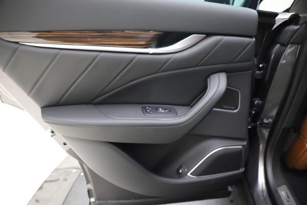 New 2020 Maserati Levante Q4 GranLusso for sale $86,935 at Maserati of Greenwich in Greenwich CT 06830 21