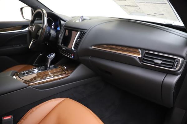 New 2020 Maserati Levante Q4 GranLusso for sale $86,935 at Maserati of Greenwich in Greenwich CT 06830 22