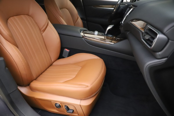 New 2020 Maserati Levante Q4 GranLusso for sale $86,935 at Maserati of Greenwich in Greenwich CT 06830 24