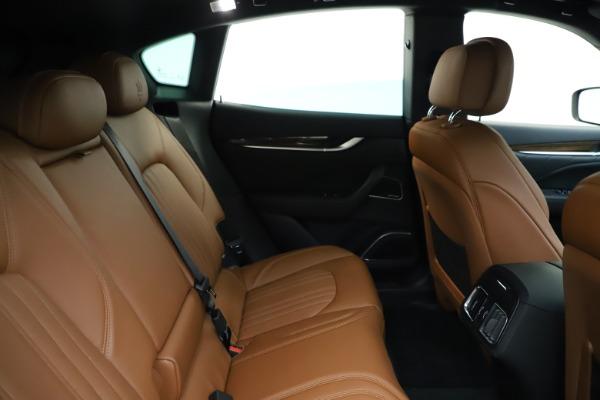 New 2020 Maserati Levante Q4 GranLusso for sale $86,935 at Maserati of Greenwich in Greenwich CT 06830 27