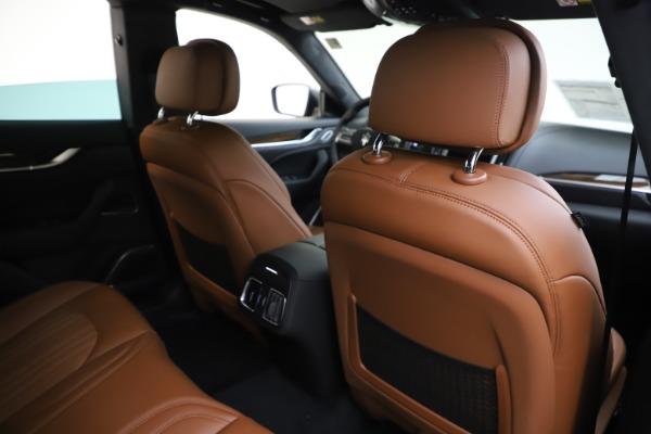 New 2020 Maserati Levante Q4 GranLusso for sale $86,935 at Maserati of Greenwich in Greenwich CT 06830 28