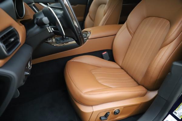 New 2020 Maserati Levante Q4 GranLusso for sale $87,335 at Maserati of Greenwich in Greenwich CT 06830 15