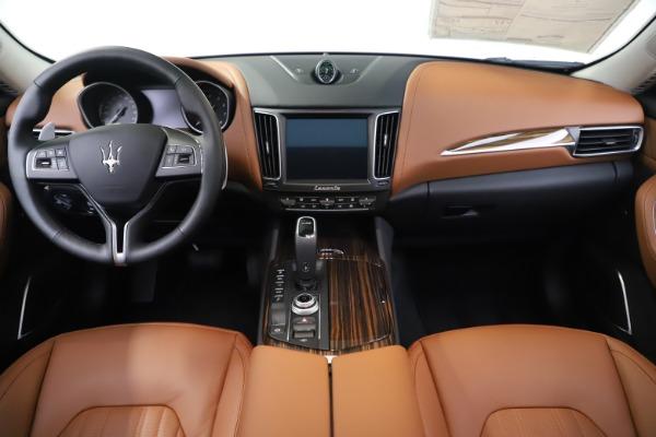 New 2020 Maserati Levante Q4 GranLusso for sale $87,335 at Maserati of Greenwich in Greenwich CT 06830 16