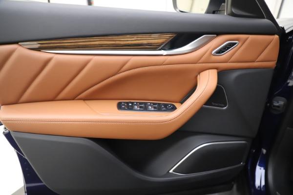 New 2020 Maserati Levante Q4 GranLusso for sale $87,335 at Maserati of Greenwich in Greenwich CT 06830 17