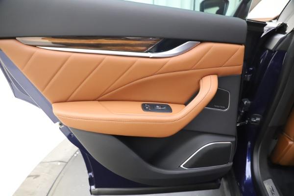 New 2020 Maserati Levante Q4 GranLusso for sale $87,335 at Maserati of Greenwich in Greenwich CT 06830 21