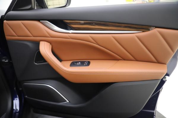 New 2020 Maserati Levante Q4 GranLusso for sale $87,335 at Maserati of Greenwich in Greenwich CT 06830 25